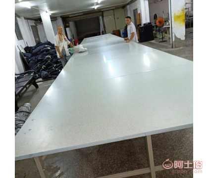 上海服�b裁床主要是做什么_服�b激光裁床