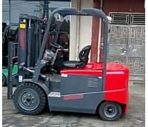 全新山东中叉CPD35电动叉车出售
