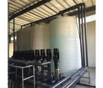 15吨防腐储罐 15吨盐酸塑料储罐 化工防腐储罐厂家