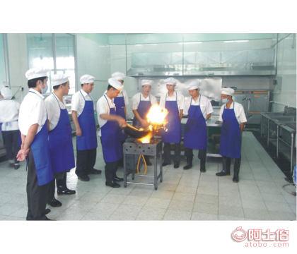 广东食堂承包有哪些公司?